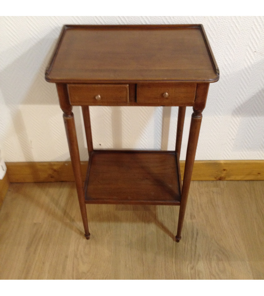 petite table 2 plateaux vendue par notre petite brocante valence. Black Bedroom Furniture Sets. Home Design Ideas
