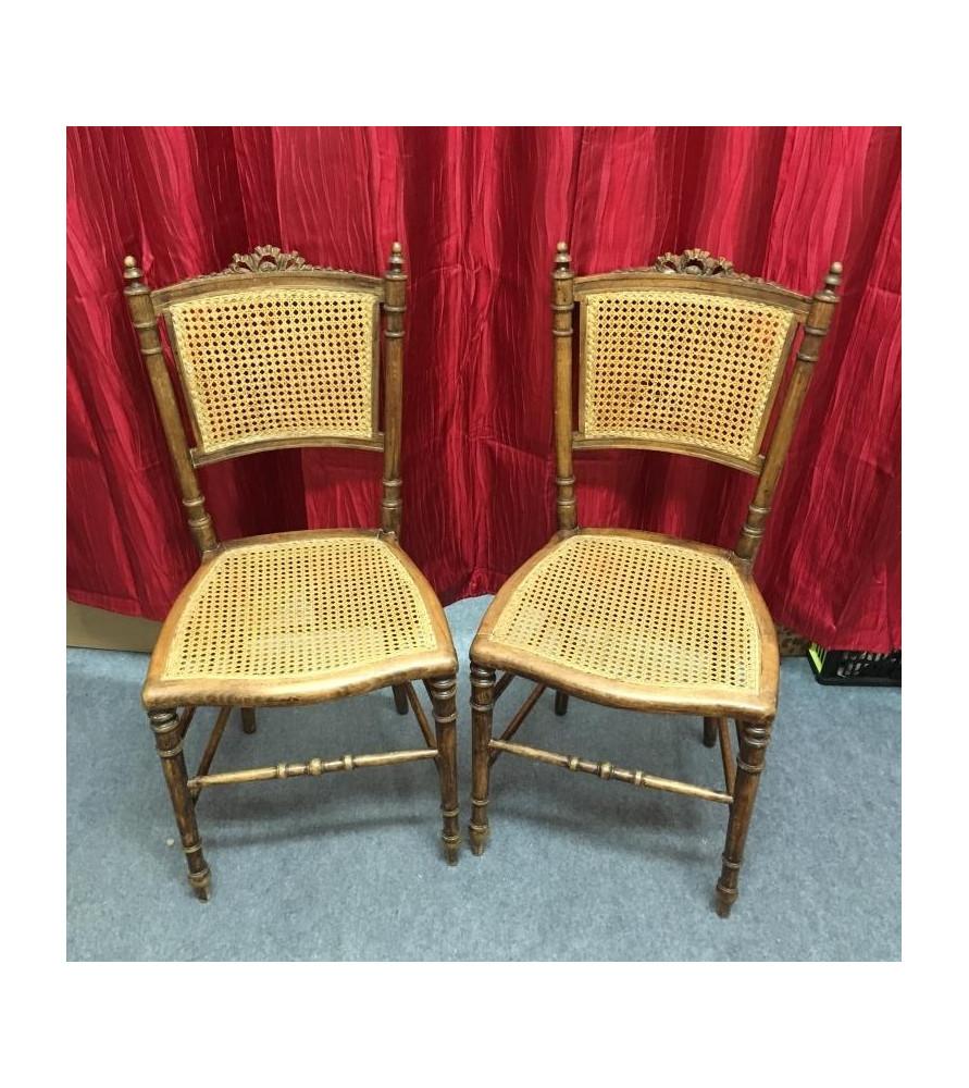 paire de chaises cann es vendue par notre petite brocante valence. Black Bedroom Furniture Sets. Home Design Ideas
