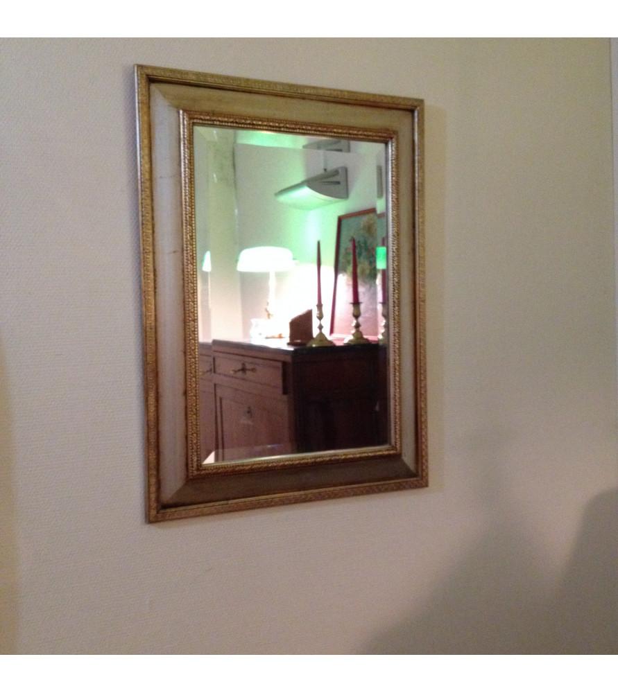 Miroir dor vendu par notre petite brocante valence for Glace miroir moderne