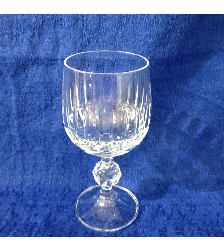 verres vin cristal vendus par notre petite brocante valence. Black Bedroom Furniture Sets. Home Design Ideas