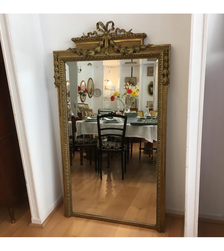 miroir dor style louis xvi vendu par notre petite brocante valence. Black Bedroom Furniture Sets. Home Design Ideas