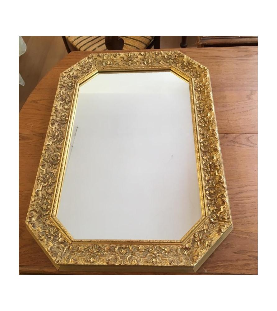 miroir bois dor vendu par notre petite brocante valence. Black Bedroom Furniture Sets. Home Design Ideas