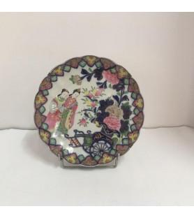 Assiette en porcelaine du Japon XIXème