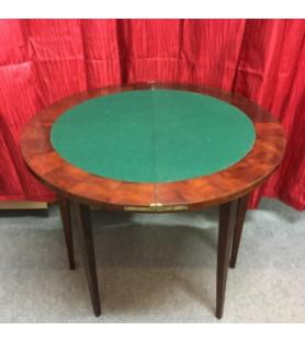 Petite table à jeu demi lune
