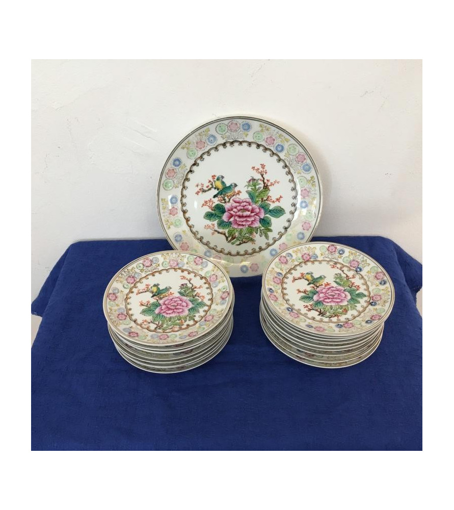 Service d'assiettes à dessert en porcelaine