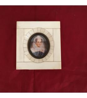 Miniature XIX ème : Portrait d'une Dame de qualité