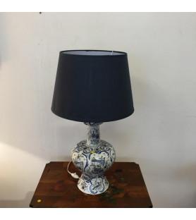 Grande lampe en porcelaine à décor Delft