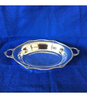 Corbeille en métal argenté motif perlé