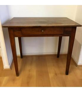 Table à pieds droits XIXème