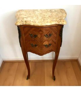 Chevet commode style Louis XV