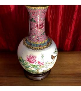 Lampe en porcelaine de Chine